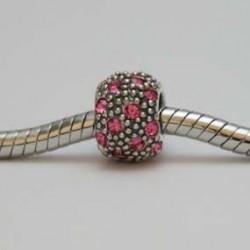 Prikker og lyserøde sten