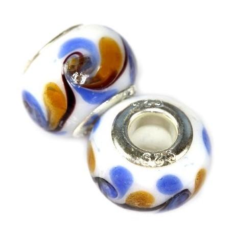 Hvid glas charm, med blåt mønster